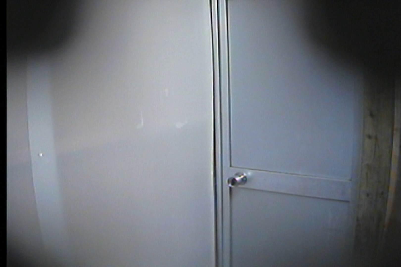 海の家の更衣室 Vol.16 シャワー  70Pix 32