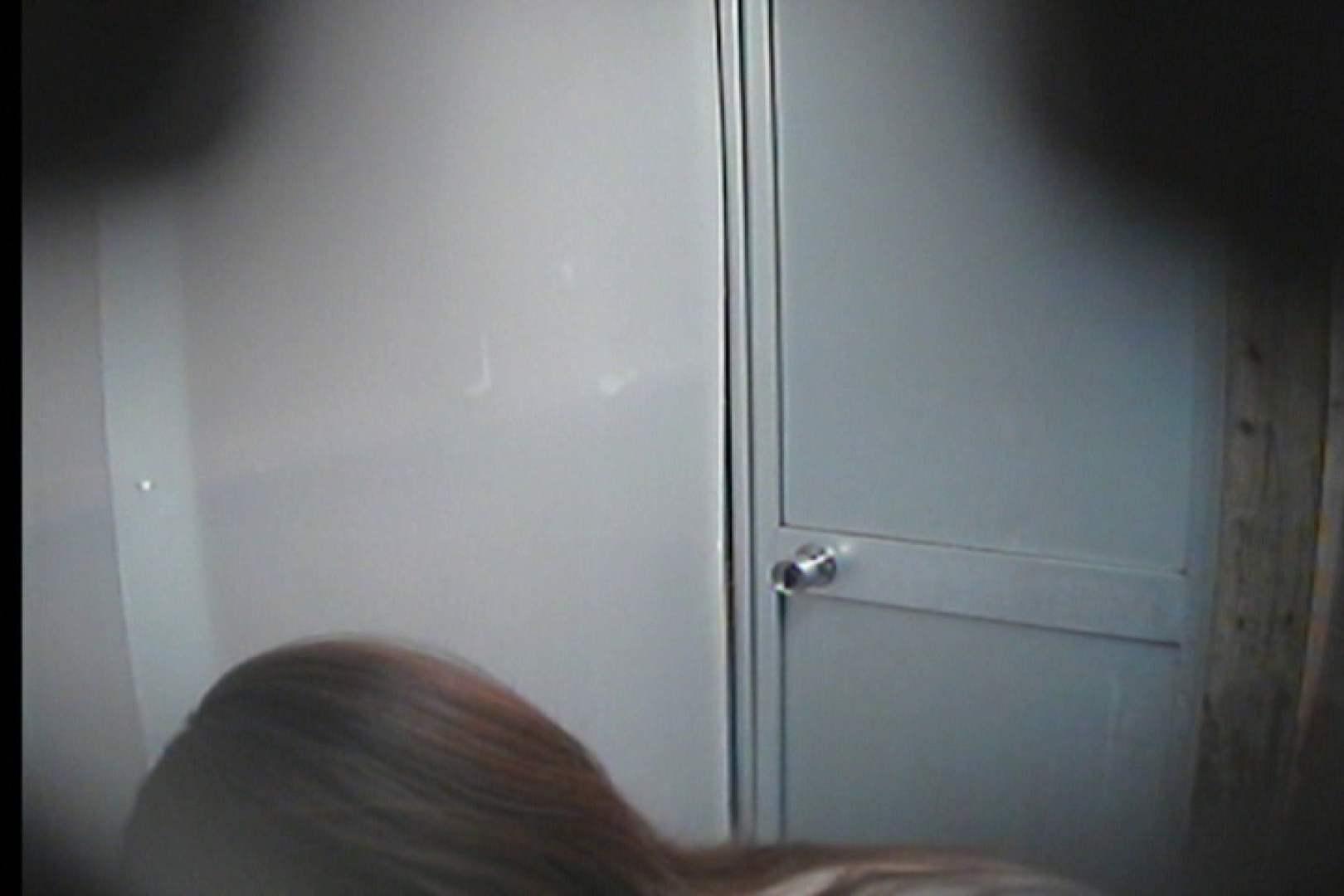 海の家の更衣室 Vol.16 シャワー  70Pix 47