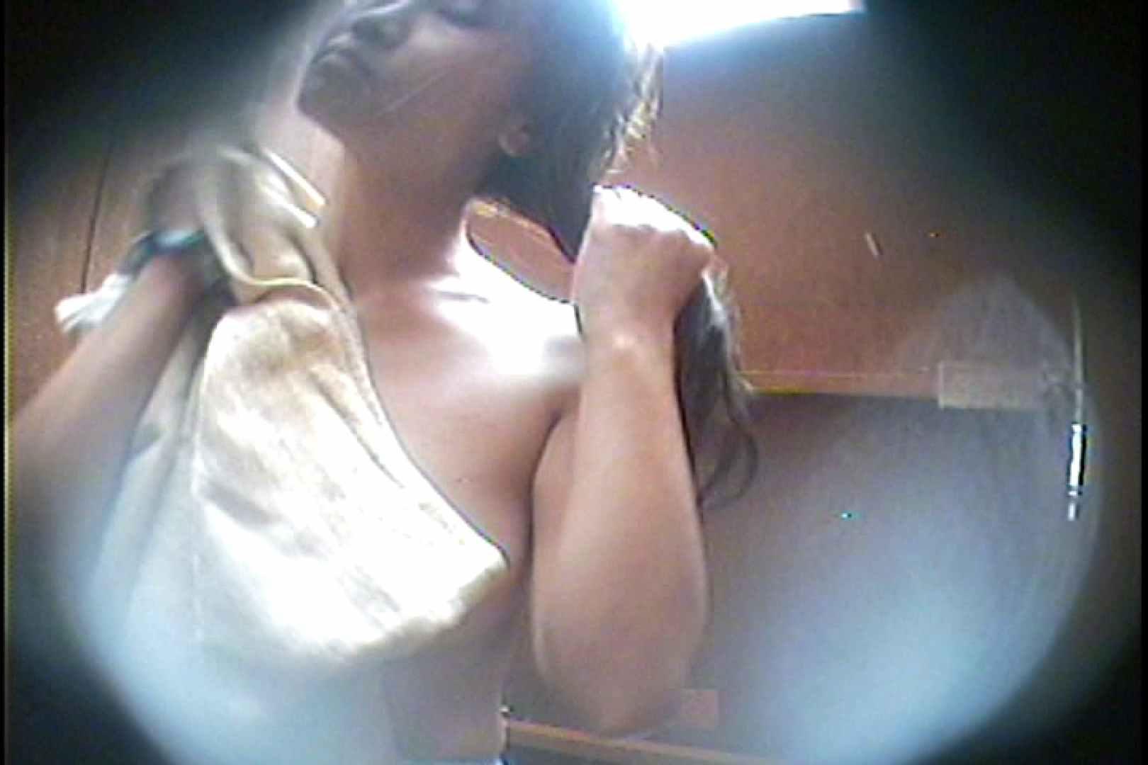 海の家の更衣室 Vol.34 OLハメ撮り  110Pix 68