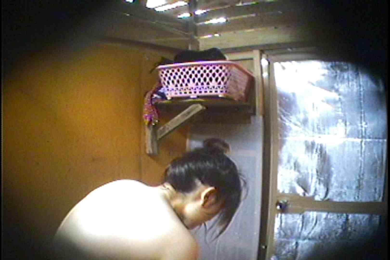 海の家の更衣室 Vol.37 OLハメ撮り  52Pix 28