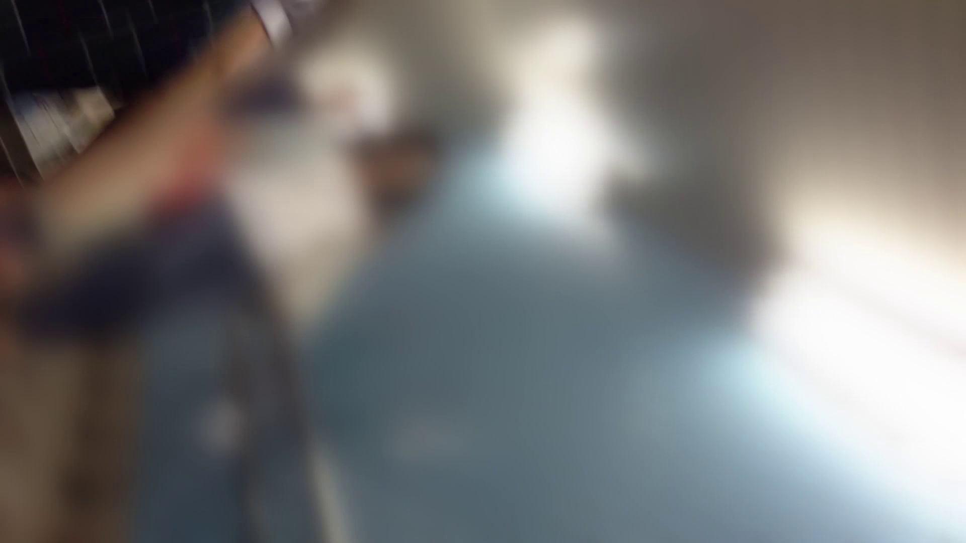階段パンチラ Vol.04 OLハメ撮り  101Pix 5