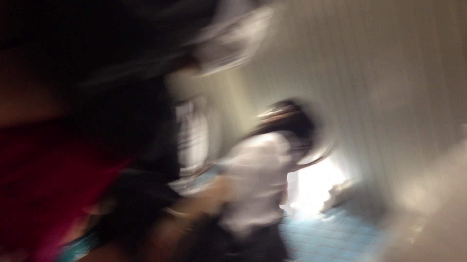 階段パンチラ Vol.04 OLハメ撮り  101Pix 71