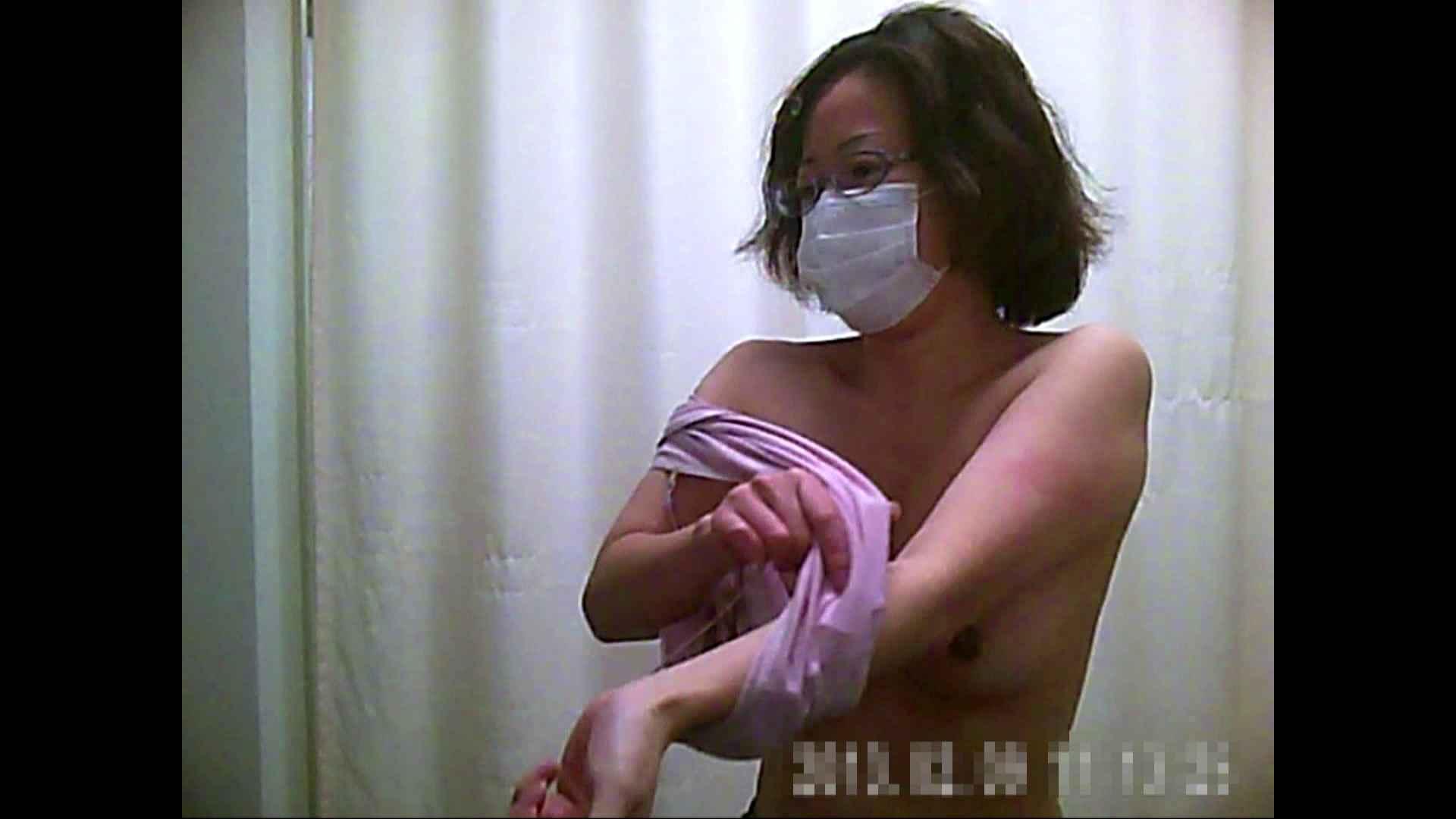 元医者による反抗 更衣室地獄絵巻 vol.146 OLハメ撮り  24Pix 3