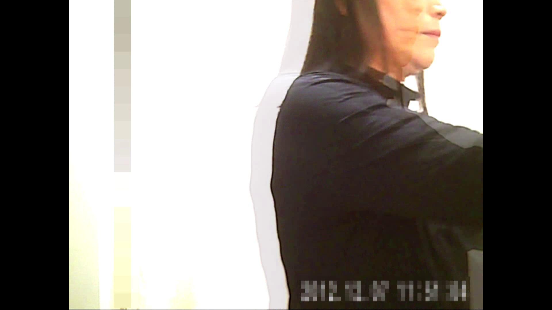 元医者による反抗 更衣室地獄絵巻 vol.126 OLハメ撮り  101Pix 40