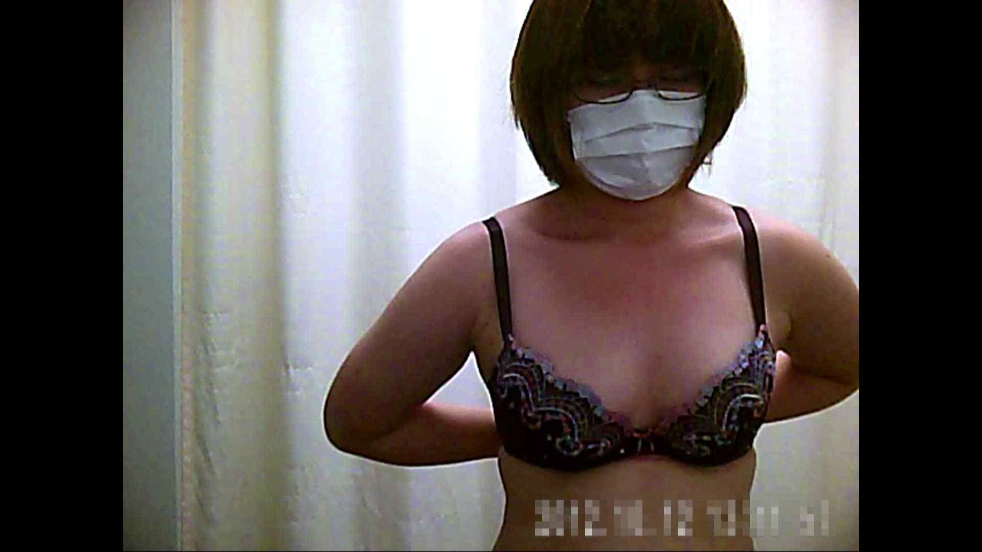 元医者による反抗 更衣室地獄絵巻 vol.061 OLハメ撮り  91Pix 58