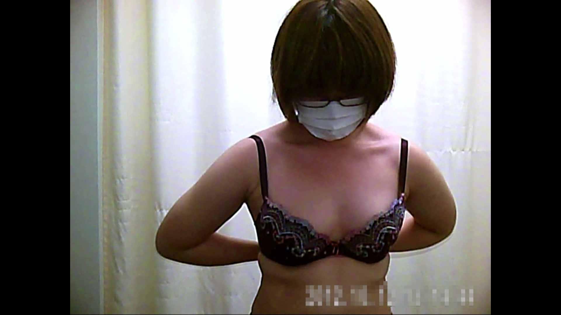 元医者による反抗 更衣室地獄絵巻 vol.061 OLハメ撮り  91Pix 72