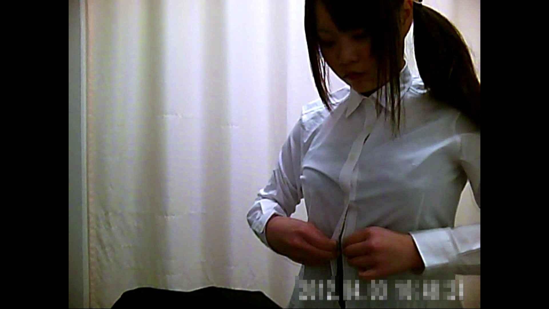元医者による反抗 更衣室地獄絵巻 vol.021 OLハメ撮り  70Pix 44