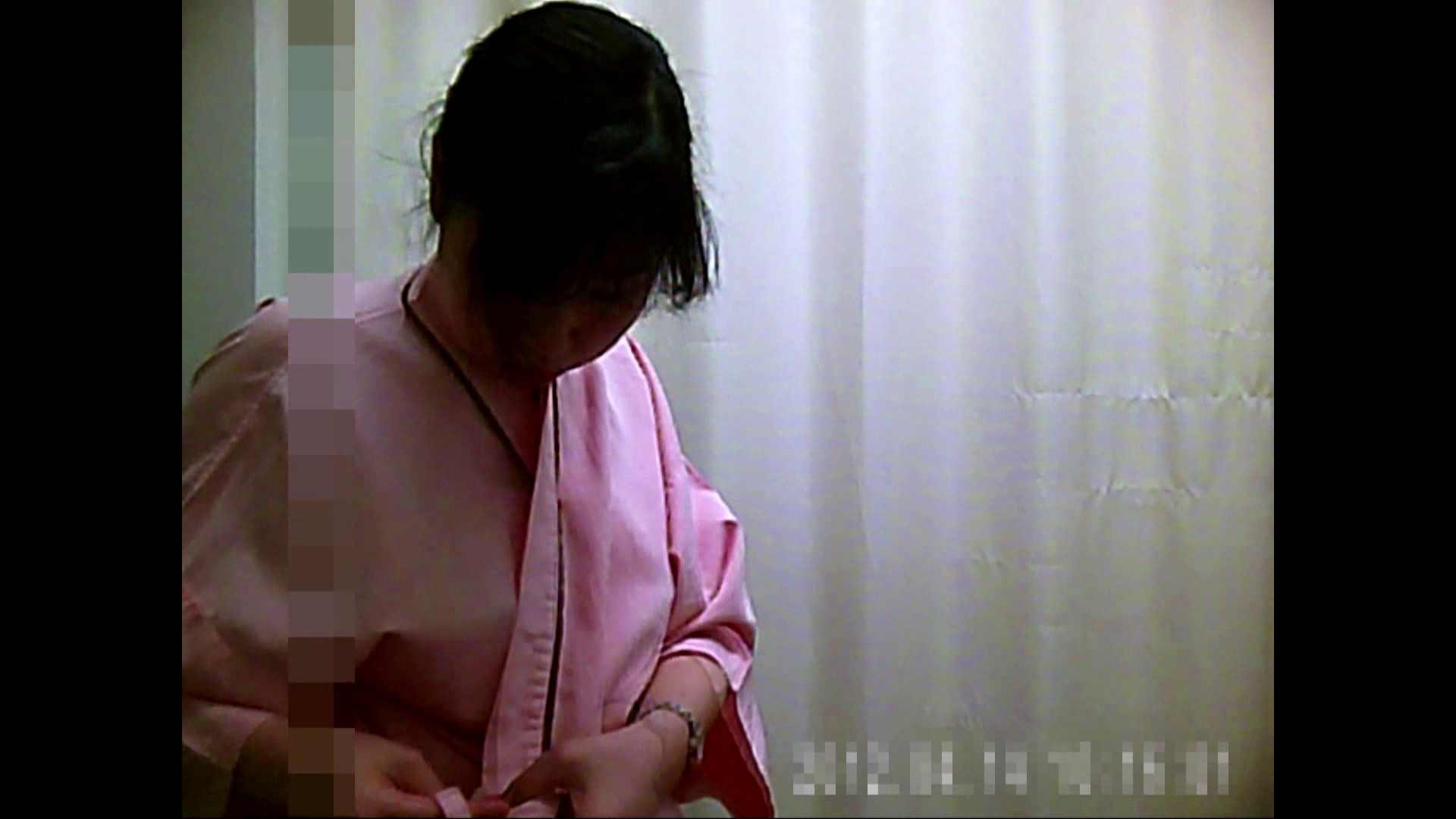 元医者による反抗 更衣室地獄絵巻 vol.018 OLハメ撮り  69Pix 67