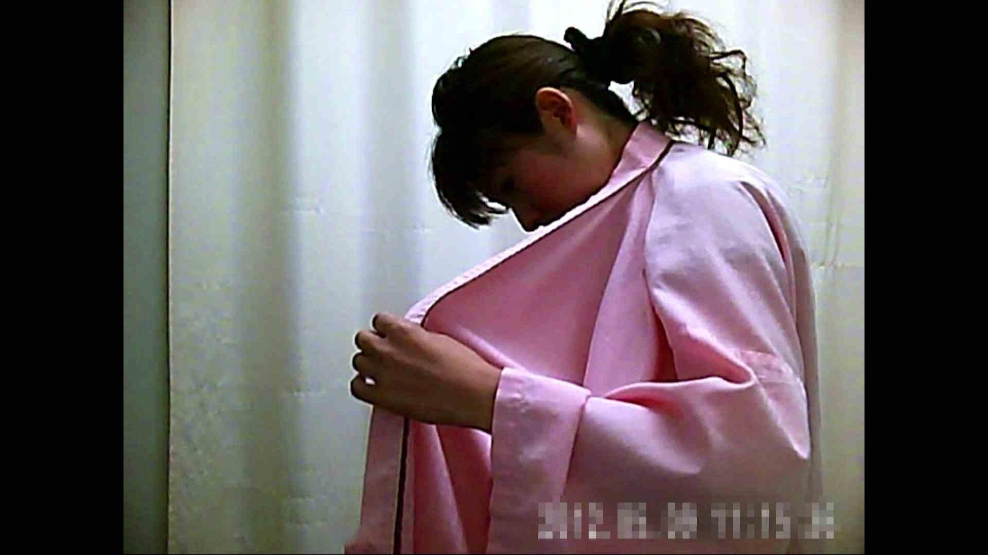 元医者による反抗 更衣室地獄絵巻 vol.002 OLハメ撮り  40Pix 31