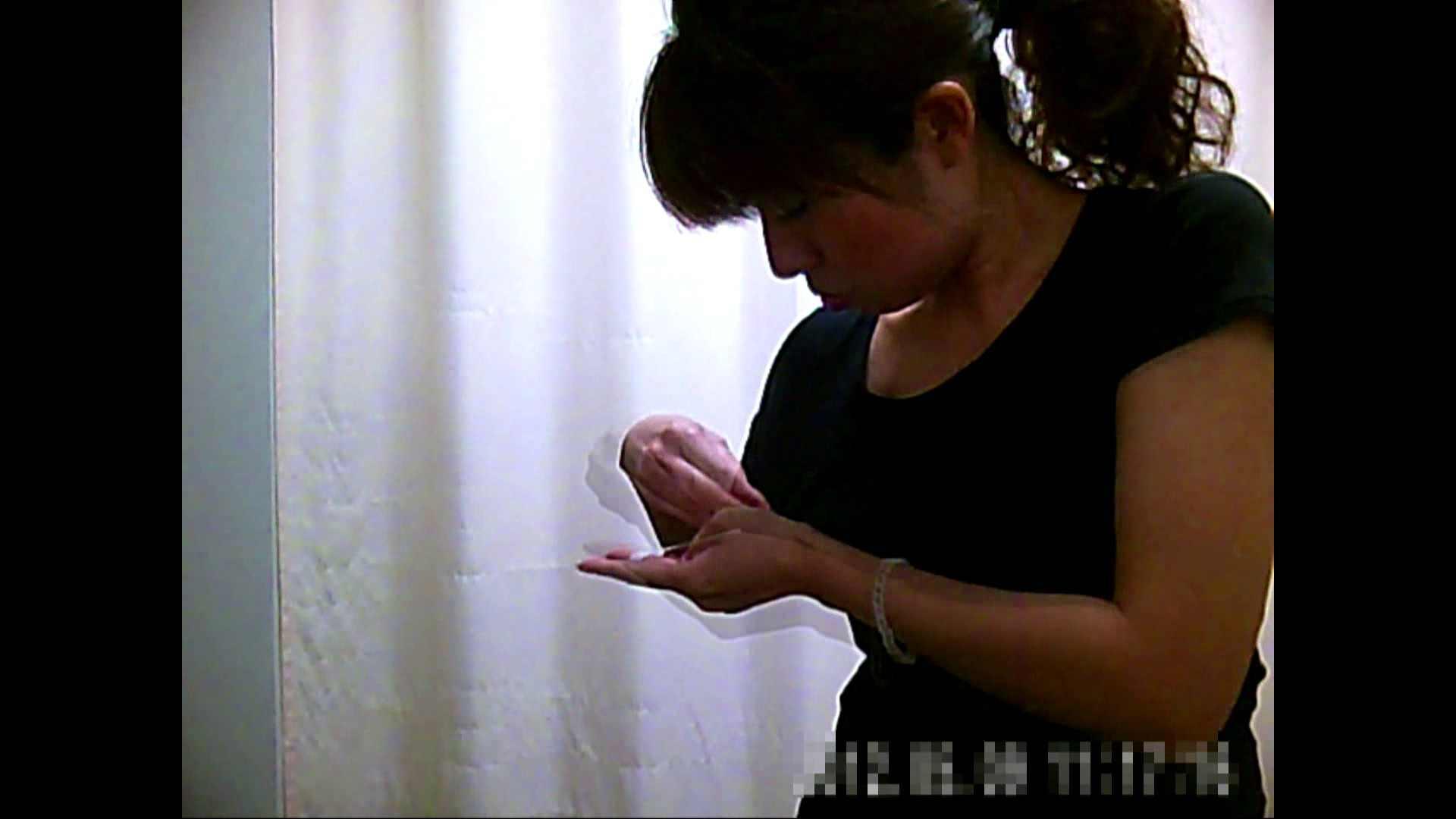 元医者による反抗 更衣室地獄絵巻 vol.002 OLハメ撮り  40Pix 35