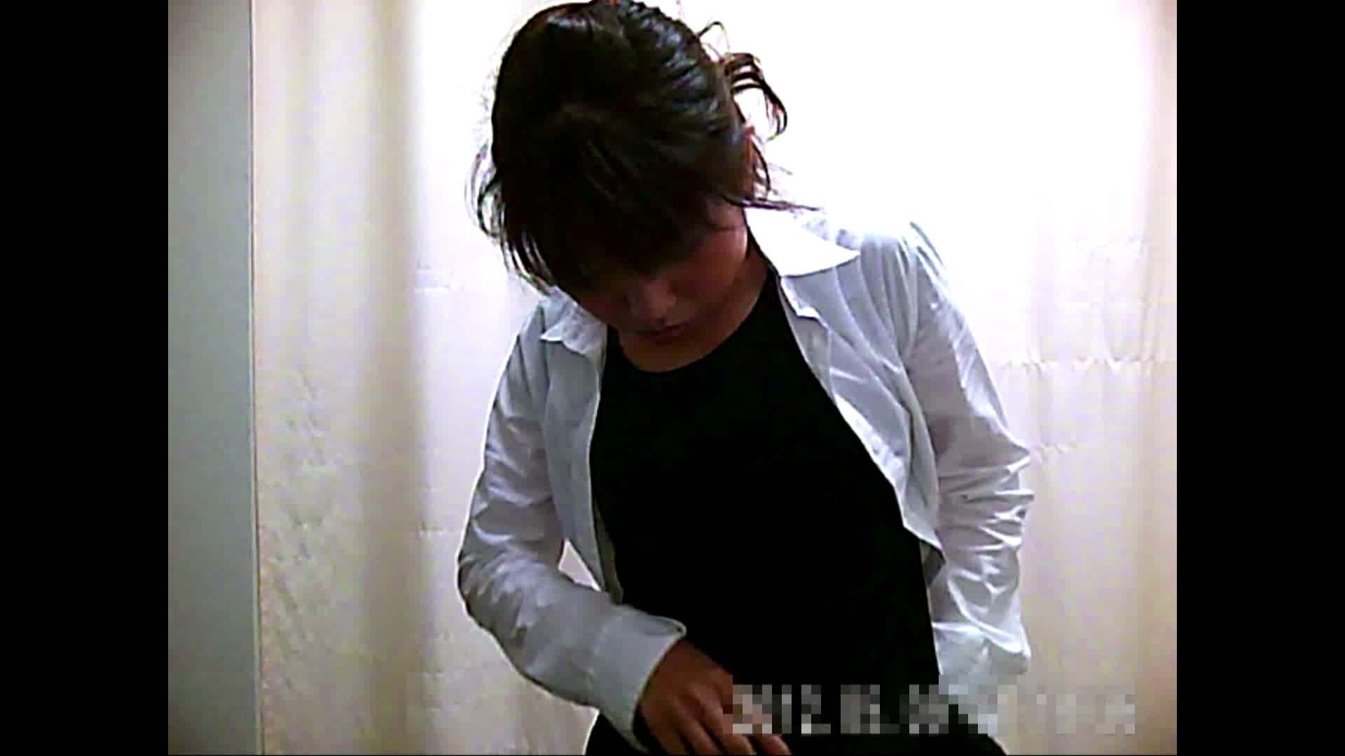 元医者による反抗 更衣室地獄絵巻 vol.002 OLハメ撮り  40Pix 40
