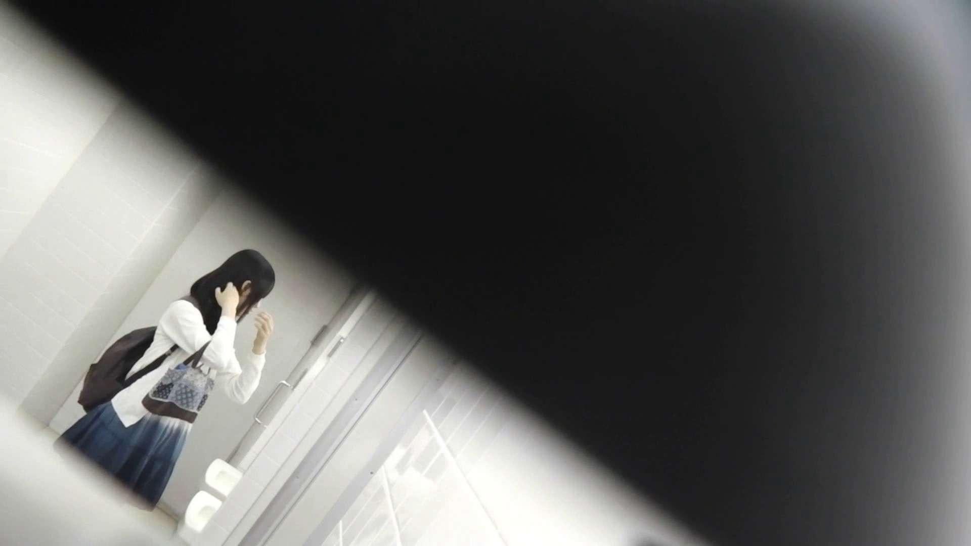 お銀さんの「洗面所突入レポート!!」Nol.22 洗面所  44Pix 40