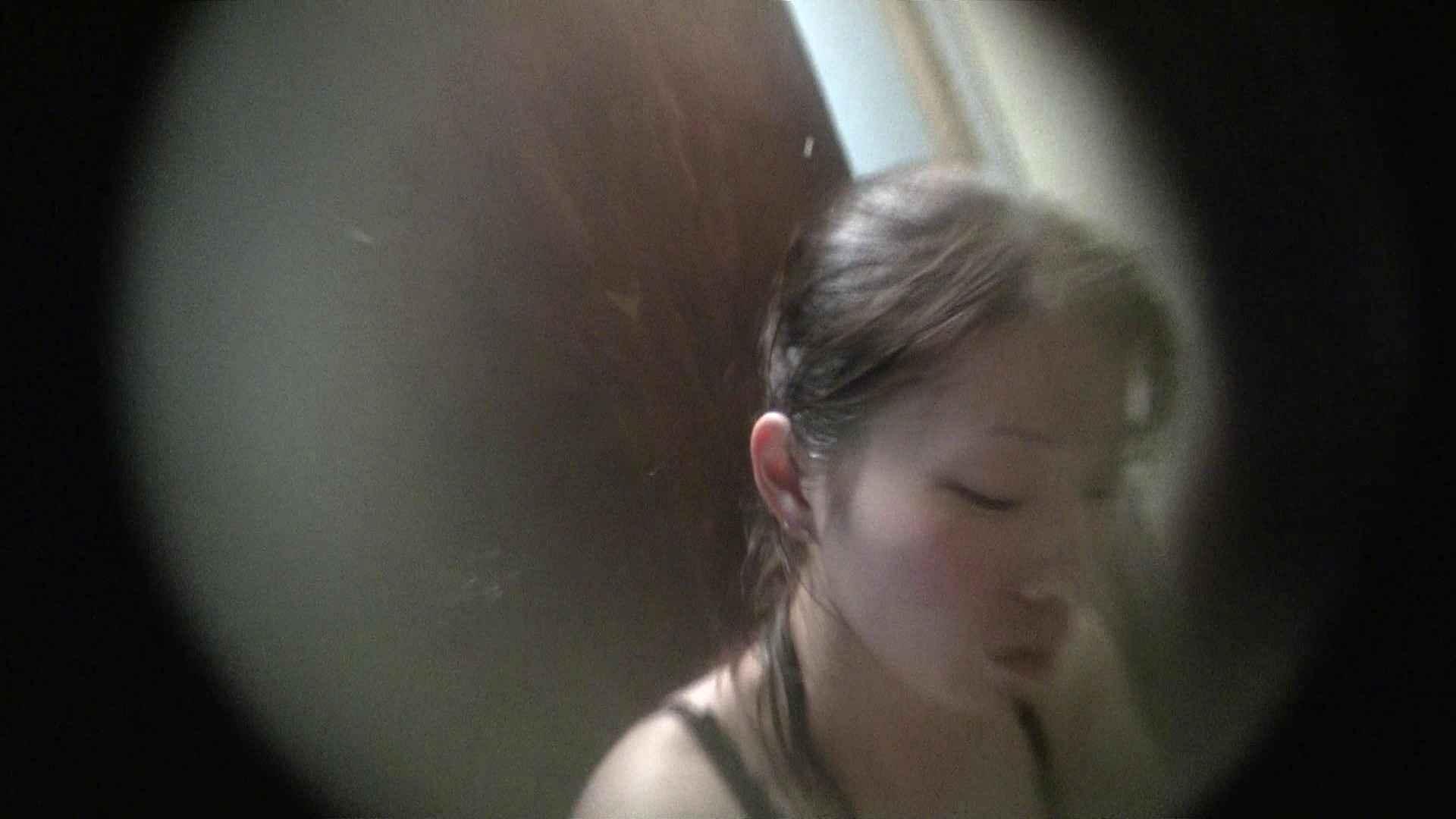 NO.01 胃下垂気味のへそピアスギャル 覗き  40Pix 38