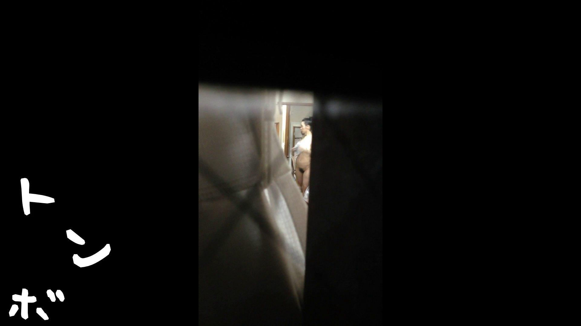 【リアル盗撮】元ジュディマリのYIUKI似 某歌手丸秘ヌード 潜入シリーズ  71Pix 8
