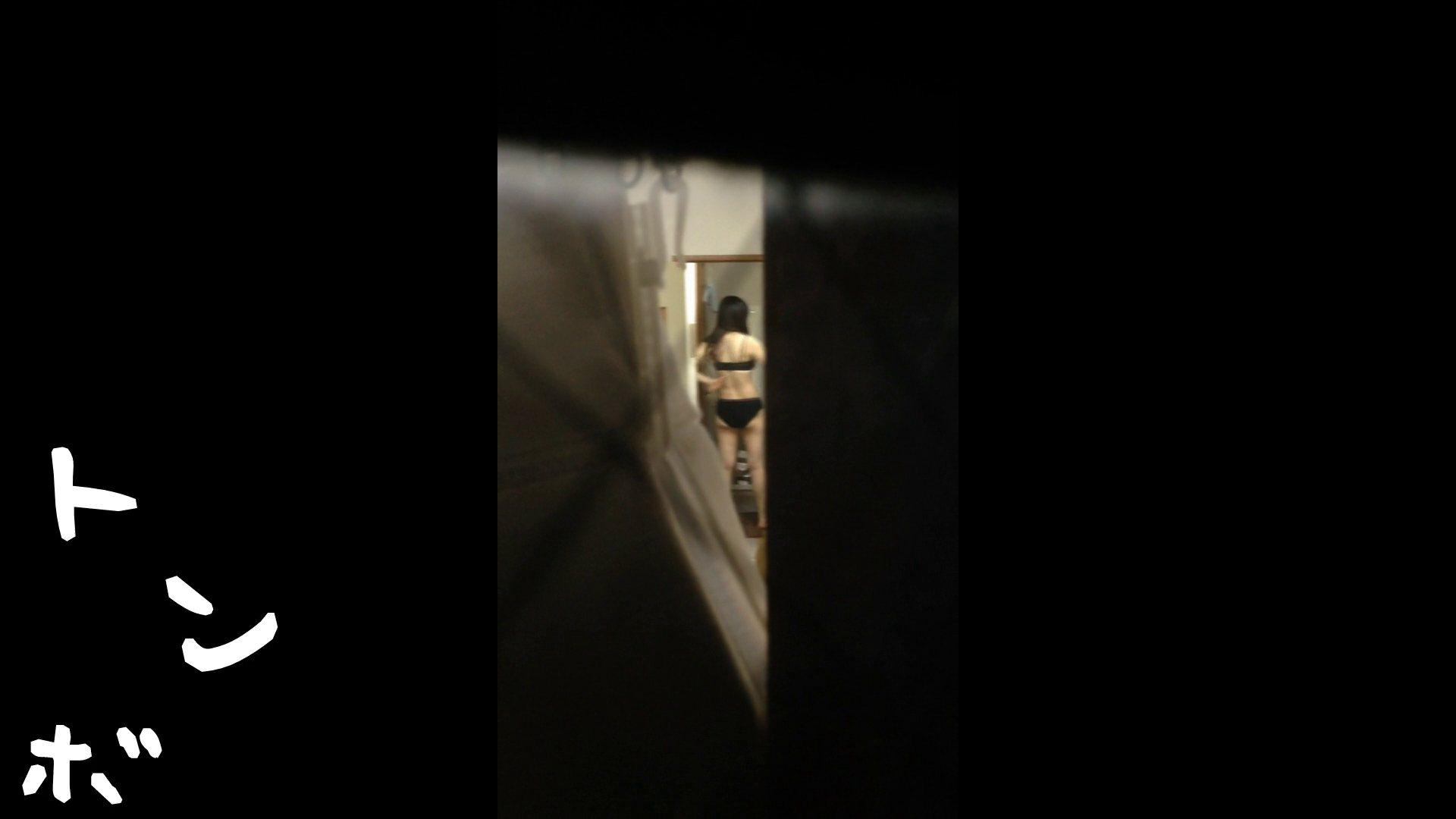 【リアル盗撮】元ジュディマリのYIUKI似 某歌手丸秘ヌード 潜入シリーズ  71Pix 21