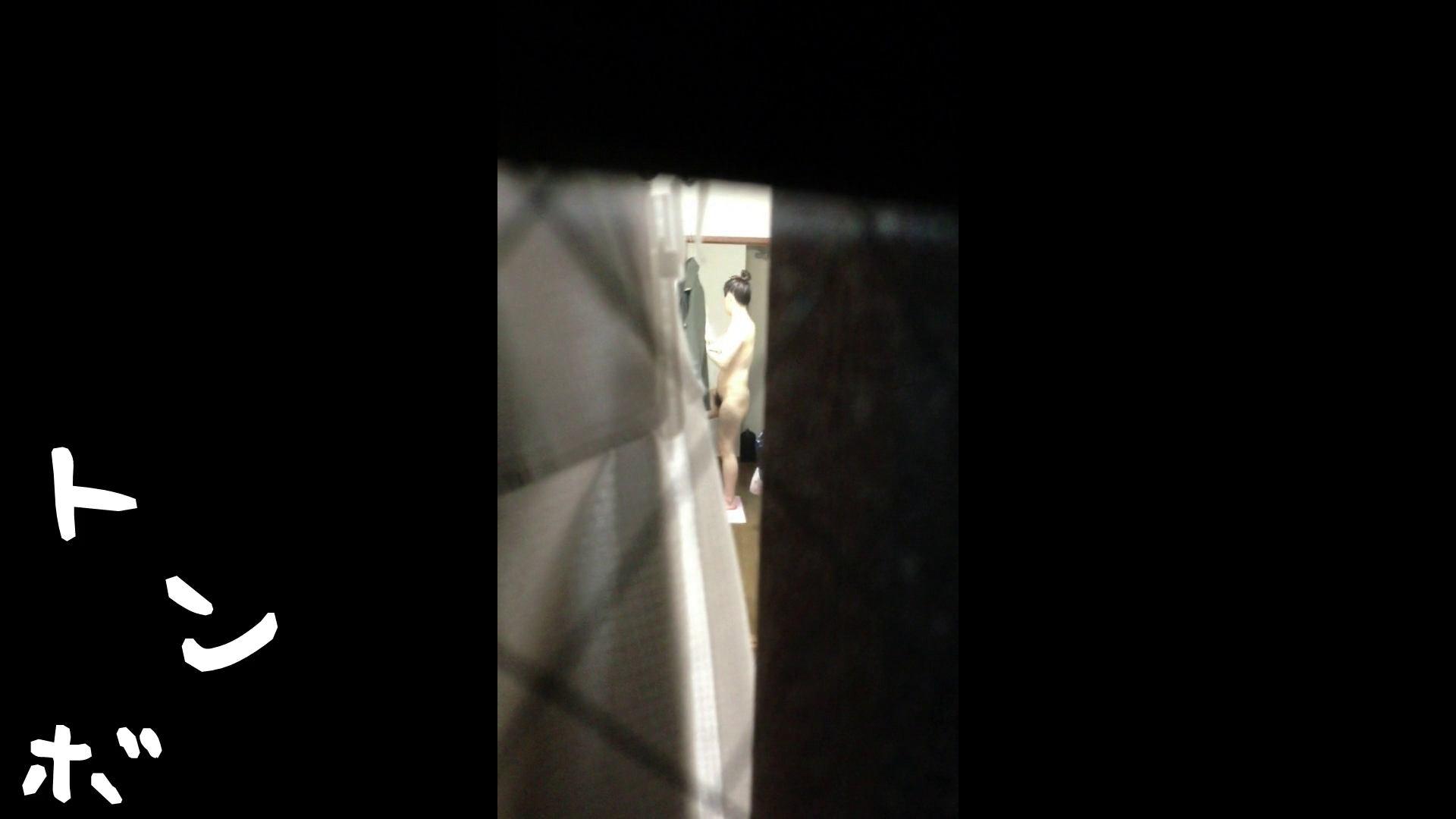 【リアル盗撮】元ジュディマリのYIUKI似 某歌手丸秘ヌード 潜入シリーズ  71Pix 45