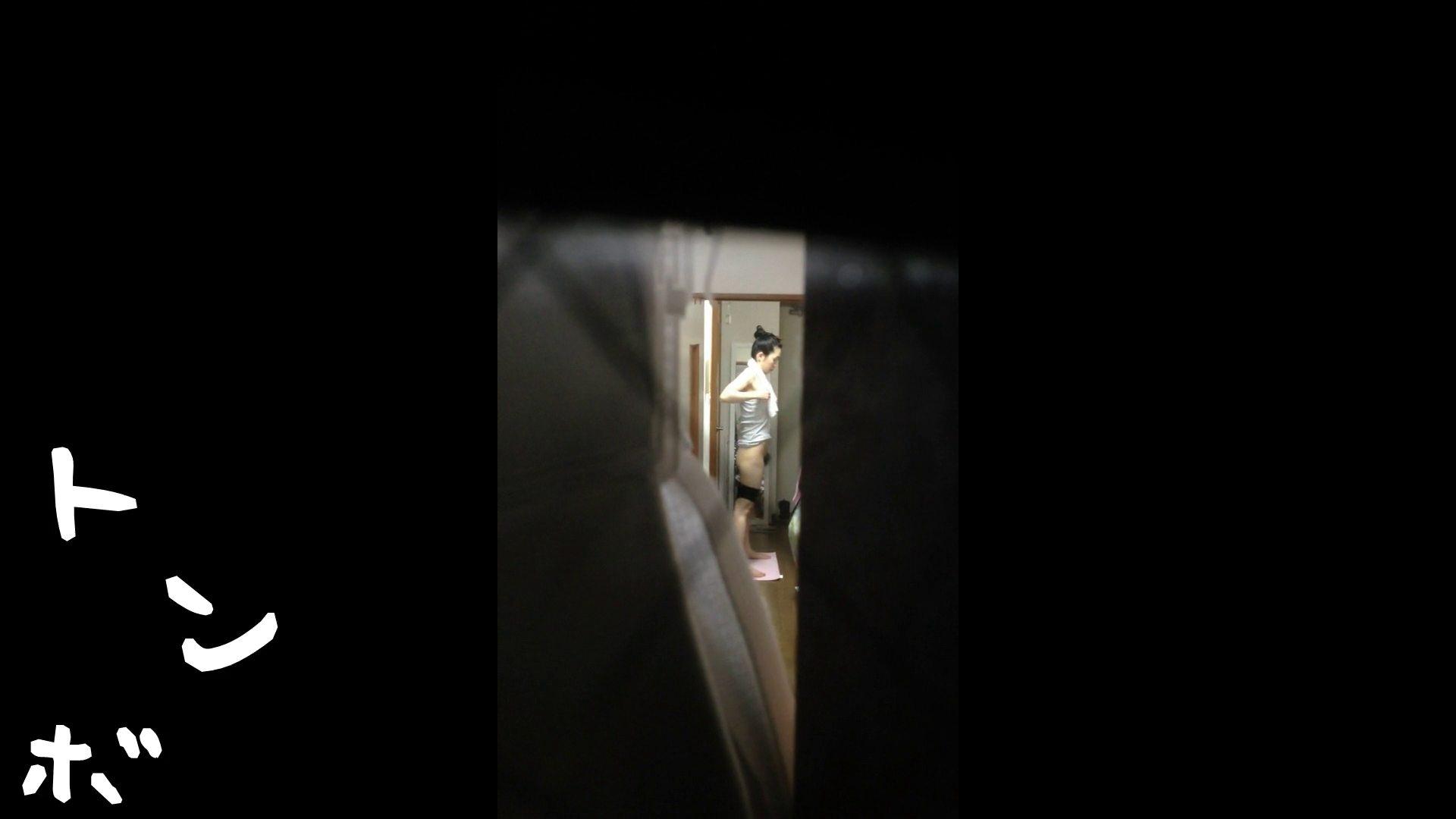 【リアル盗撮】元ジュディマリのYIUKI似 某歌手丸秘ヌード 潜入シリーズ  71Pix 63