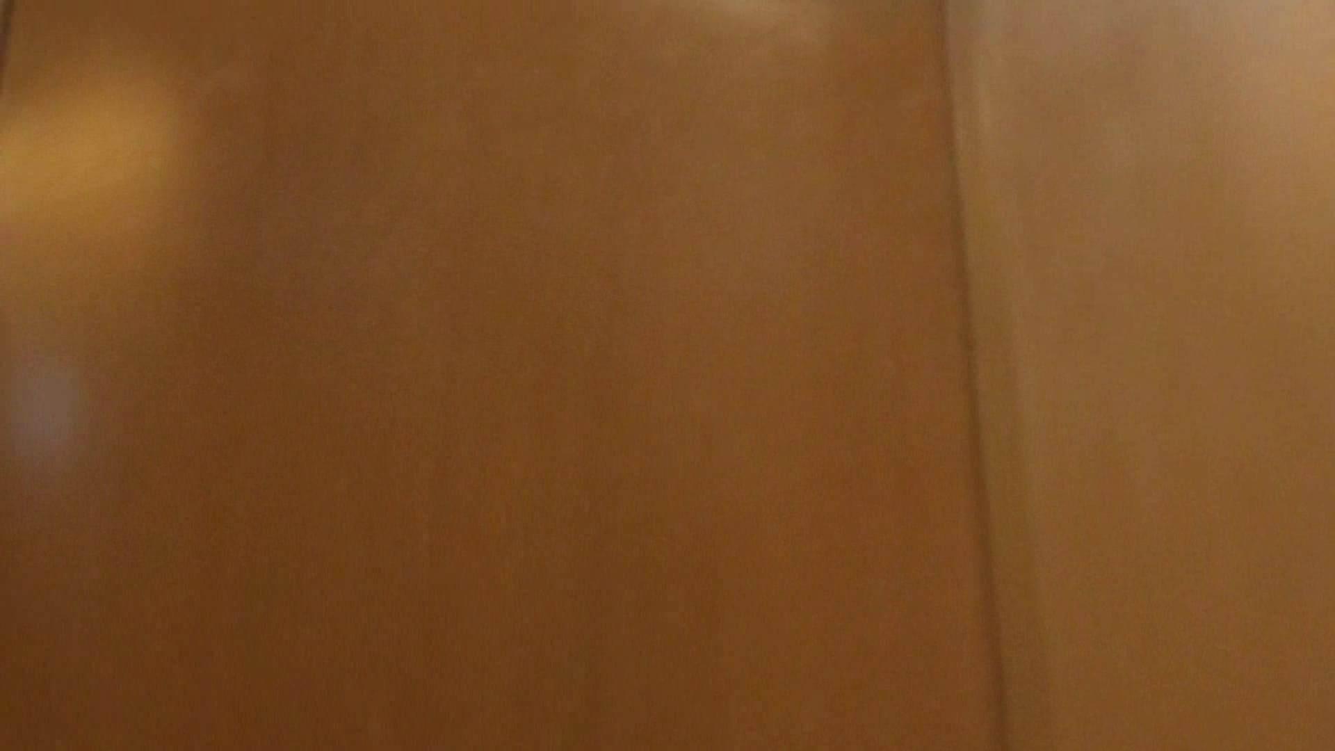 隣国化粧室下から御免!! No.02 洗面所  43Pix 37