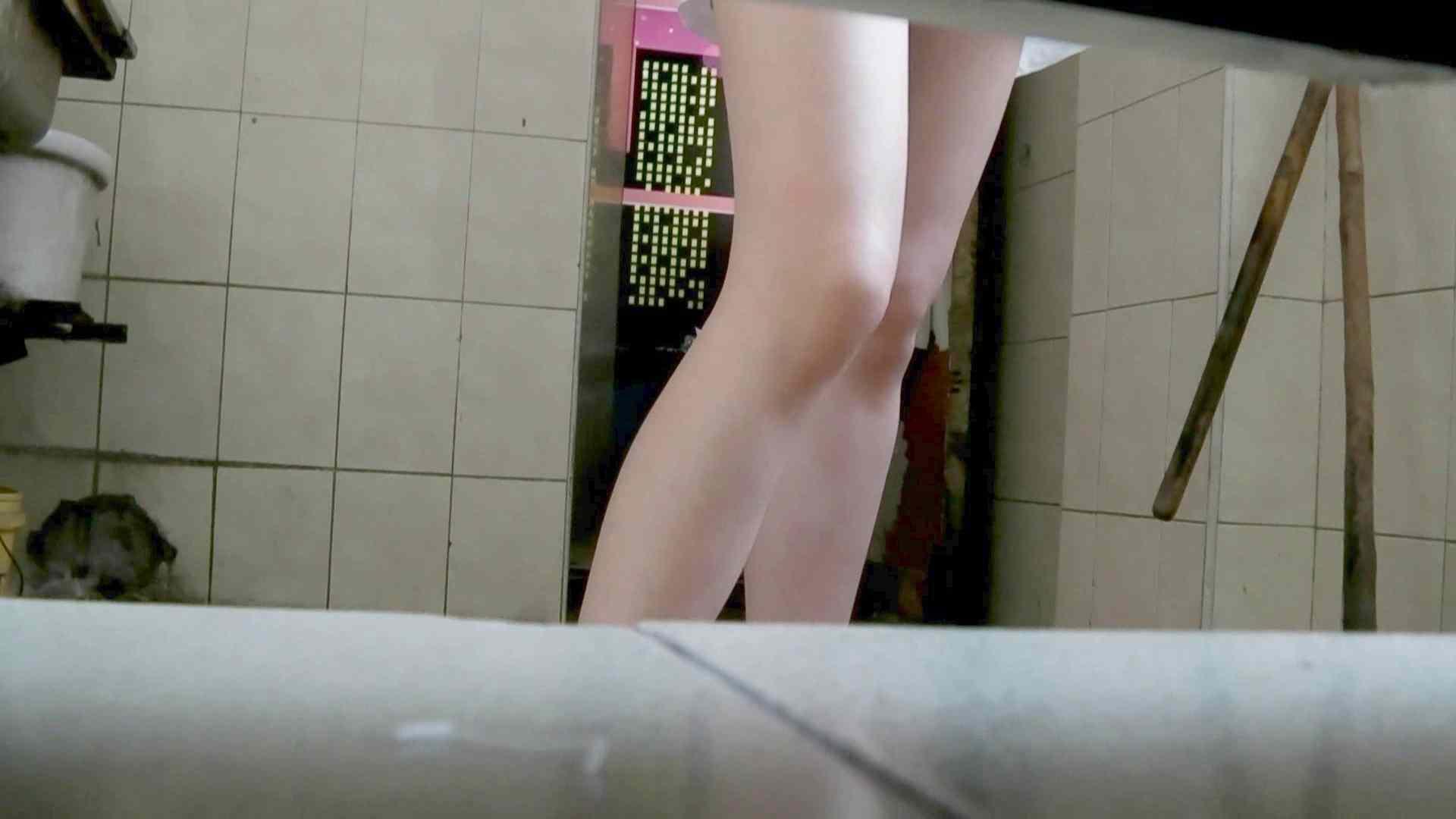 新世界の射窓 無料お試し動画 洗面所  61Pix 36