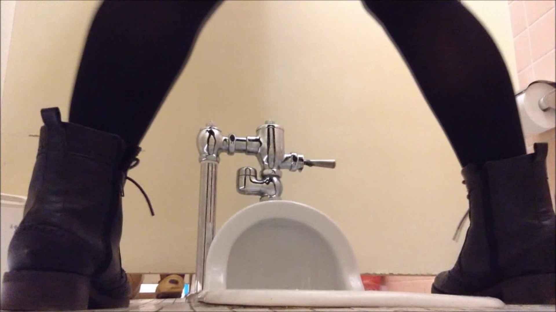 某有名大学女性洗面所 vol.04 和式  20Pix 3