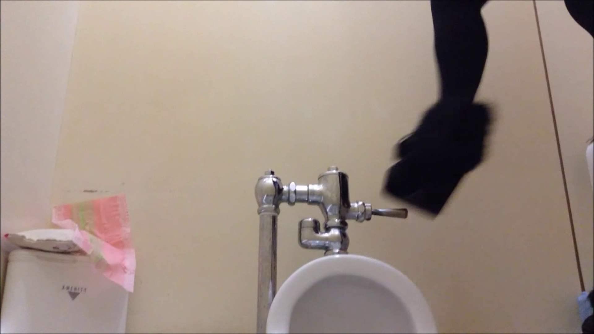 某有名大学女性洗面所 vol.04 和式  20Pix 20