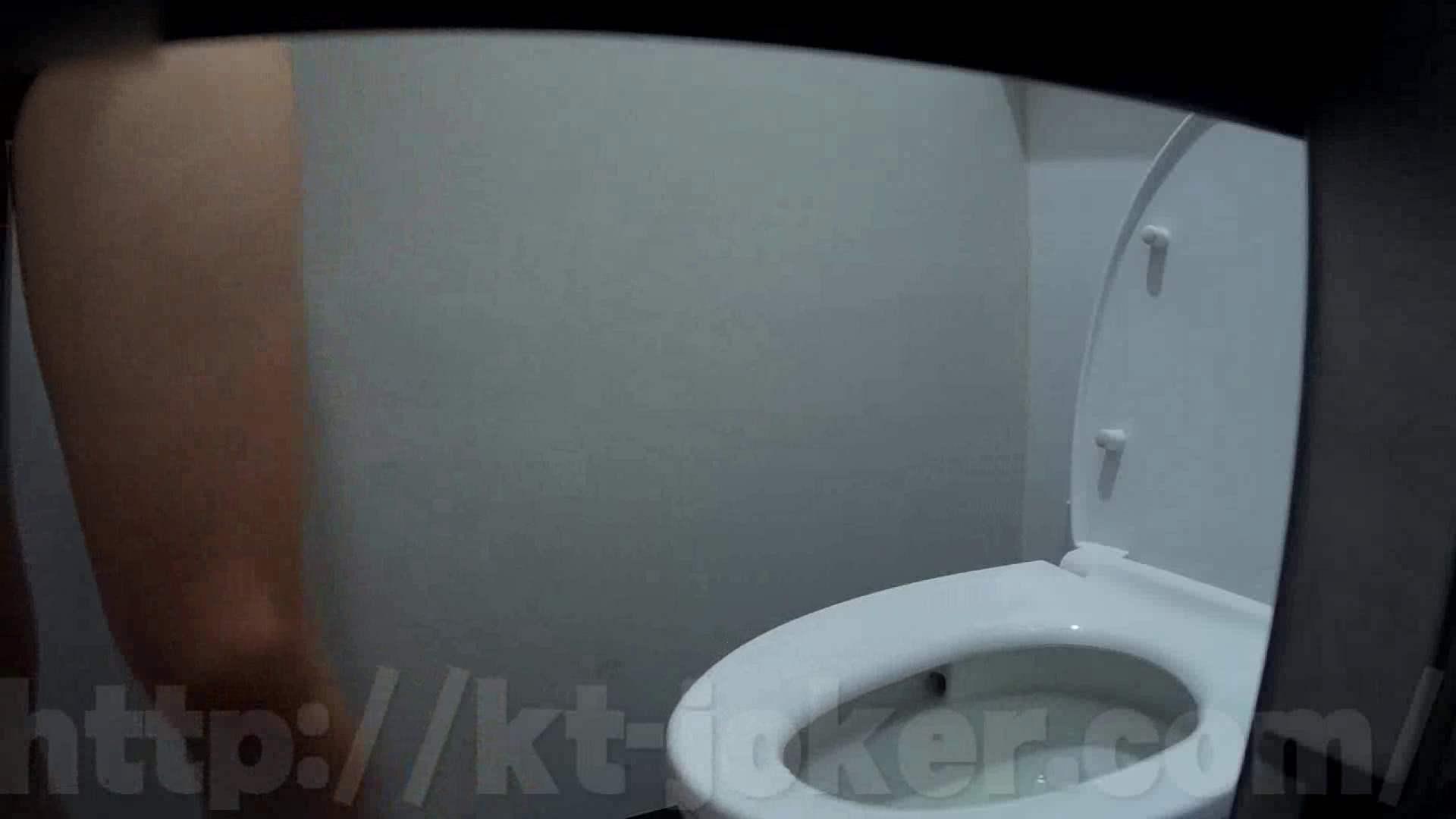 有名大学女性洗面所 vol.50 個室には3つの「目」があるみたいです。 投稿  78Pix 30