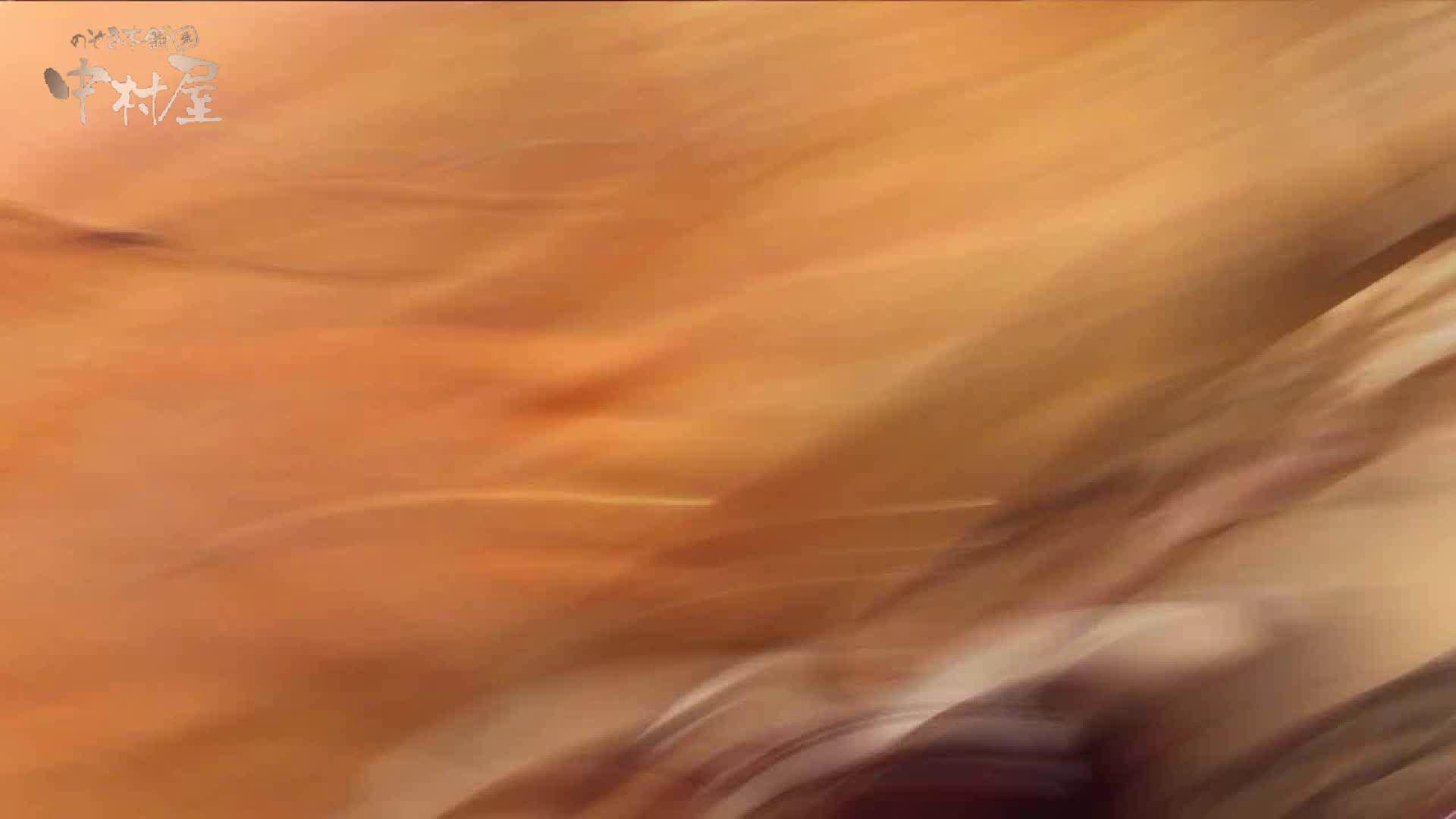 vol.69 美人アパレル胸チラ&パンチラ ストライプパンツみっけ! 接写  50Pix 16