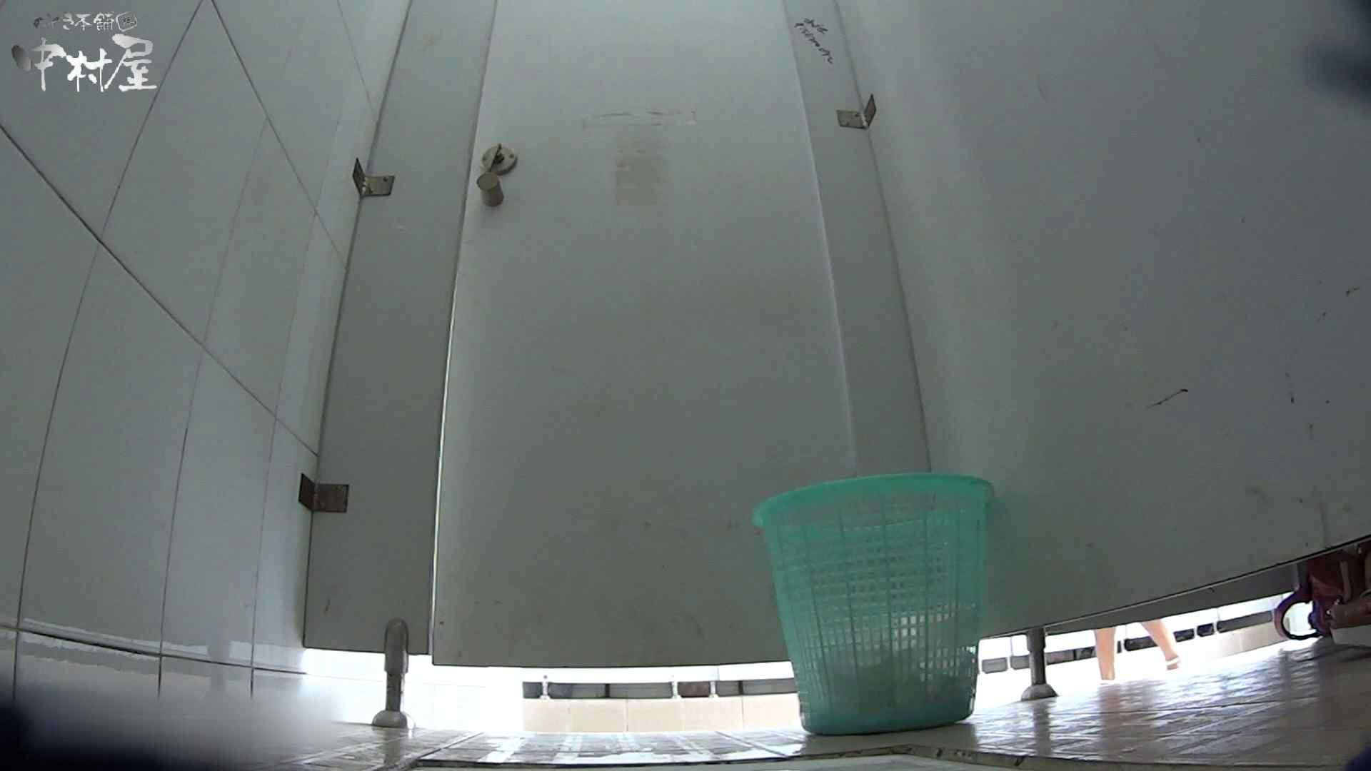 美しい女良たちのトイレ事情 有名大学休憩時間の洗面所事情06 高画質  101Pix 55