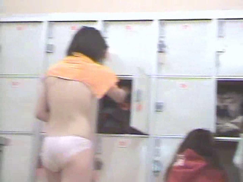 浴場潜入脱衣の瞬間!第四弾 vol.3 脱衣所  55Pix 55