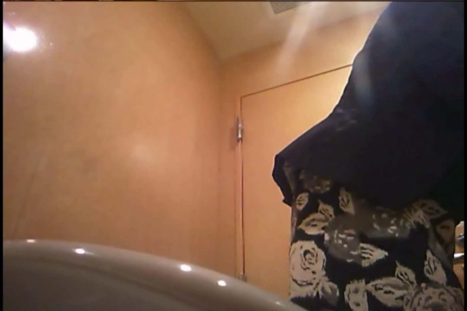 潜入!!女子化粧室盗撮~絶対見られたくない時間~vo,126 盗撮映像  82Pix 15