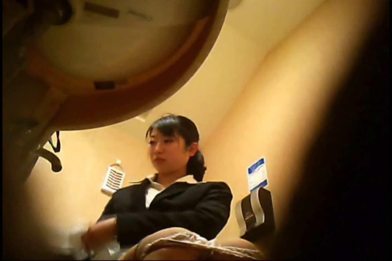 潜入!!女子化粧室盗撮~絶対見られたくない時間~vo,17 パンツ  91Pix 9