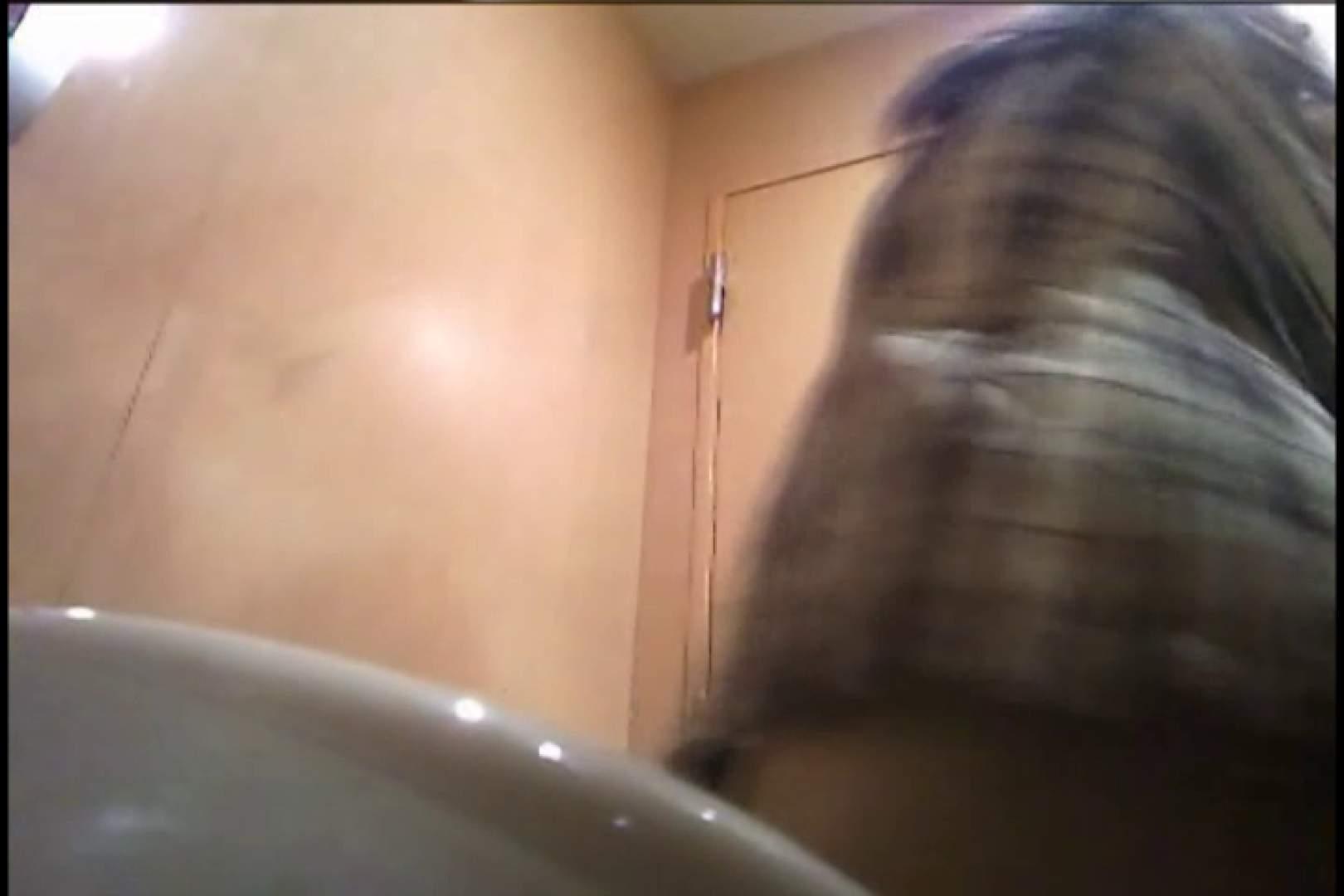 潜入!!女子化粧室盗撮~絶対見られたくない時間~vo,17 パンツ  91Pix 90