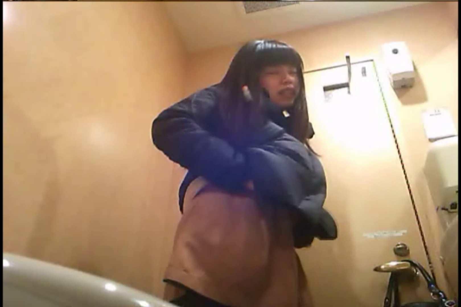潜入!!女子化粧室盗撮~絶対見られたくない時間~vo,78 お尻  106Pix 42