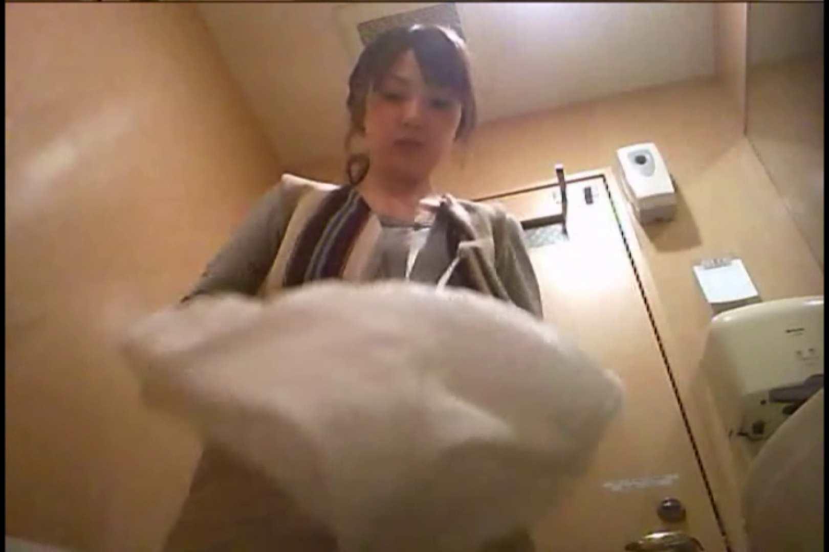 潜入!!女子化粧室盗撮~絶対見られたくない時間~vo,93 ナプキン  23Pix 18