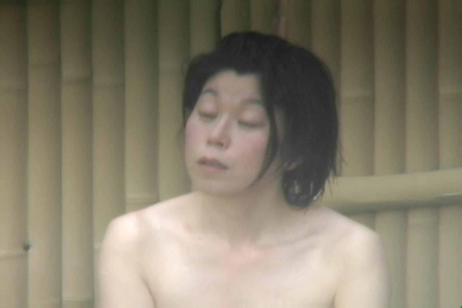 高画質露天女風呂観察 vol.008 入浴  49Pix 10
