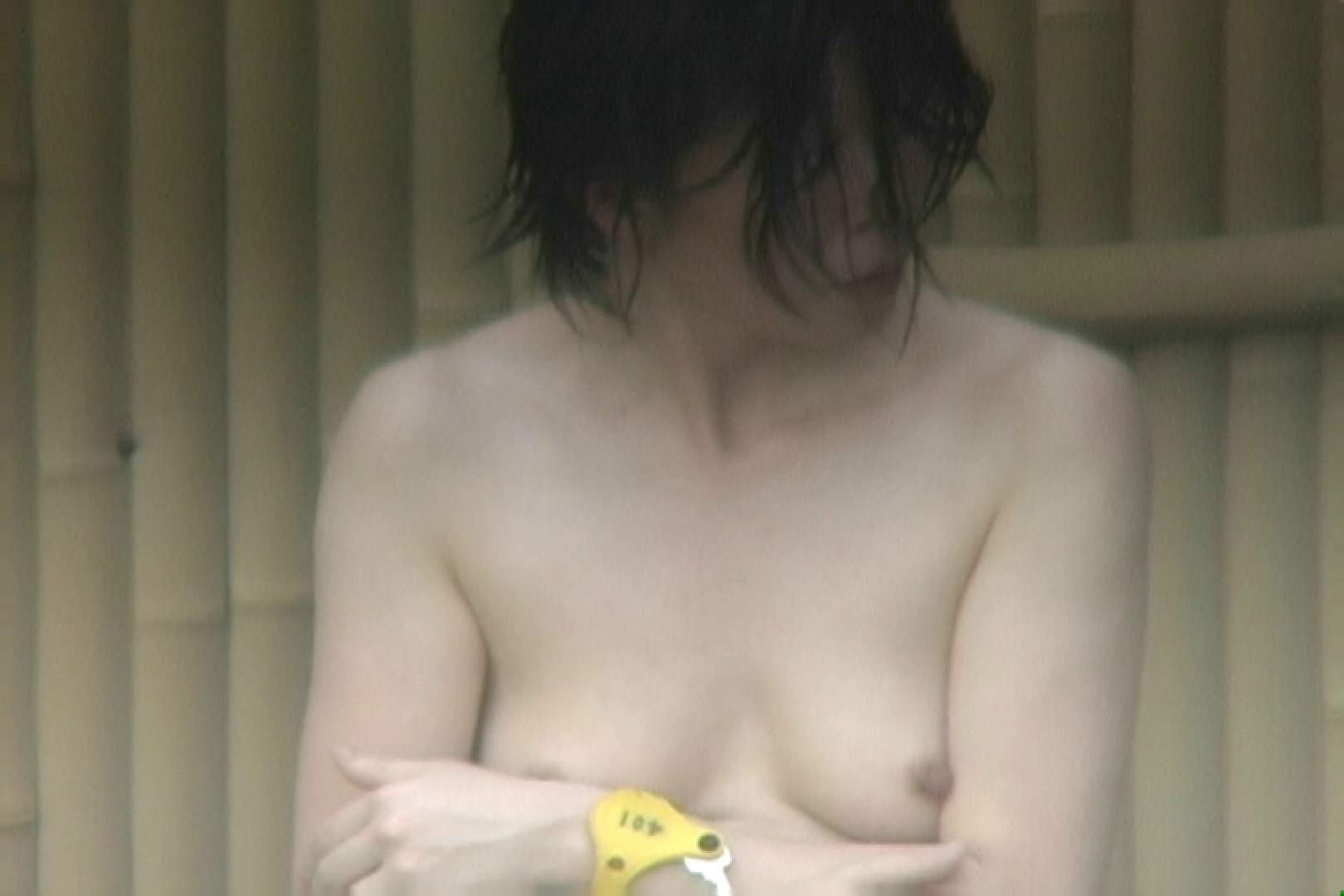 高画質露天女風呂観察 vol.008 入浴  49Pix 33