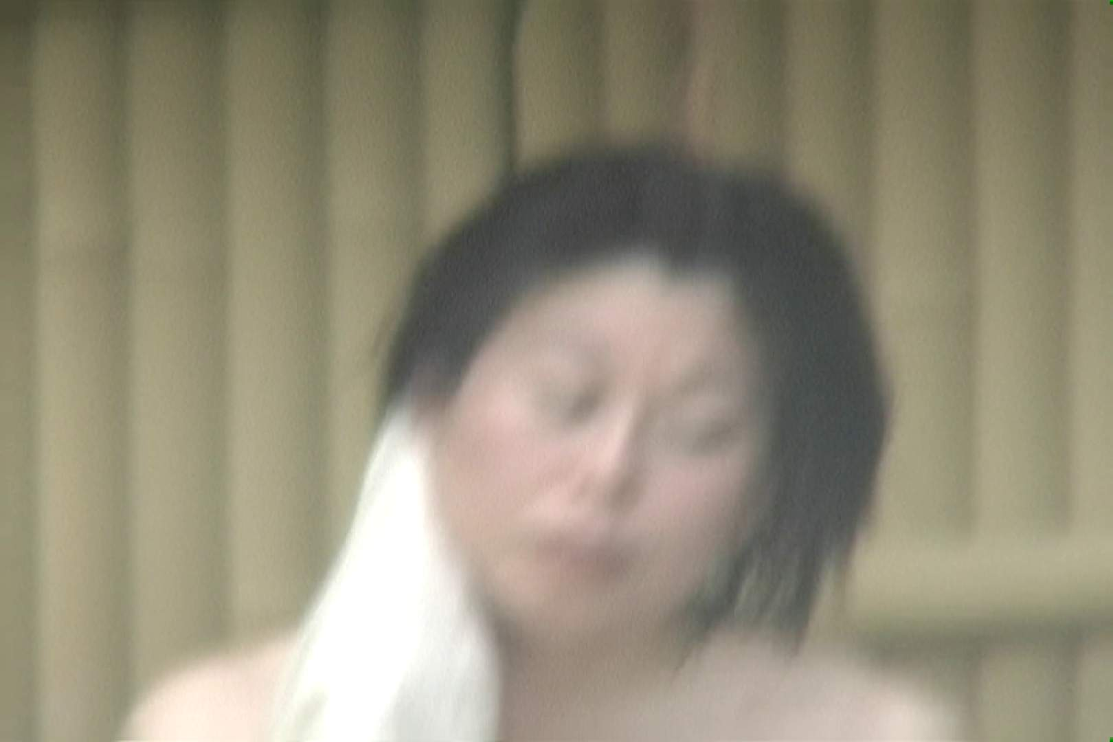 高画質露天女風呂観察 vol.008 入浴  49Pix 43