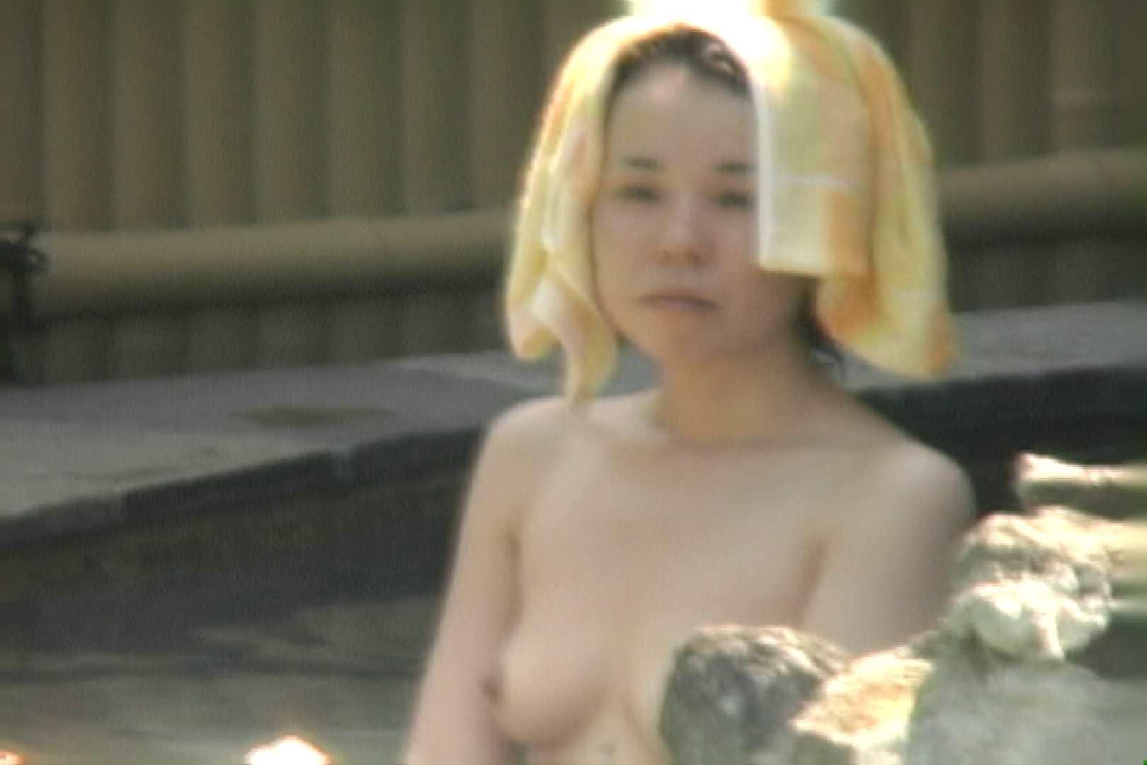 高画質露天女風呂観察 vol.011 女風呂  90Pix 15