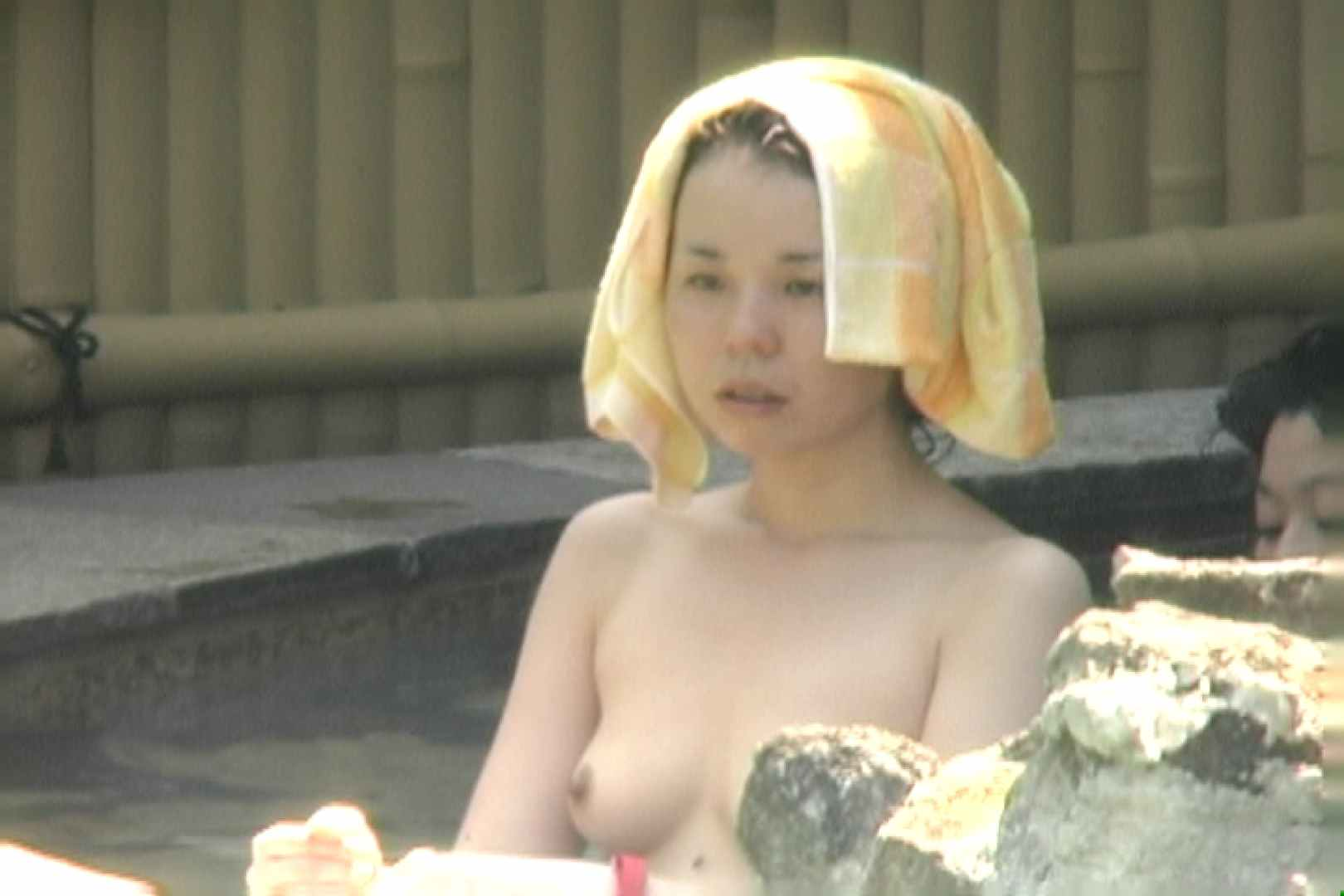 高画質露天女風呂観察 vol.011 女風呂  90Pix 26