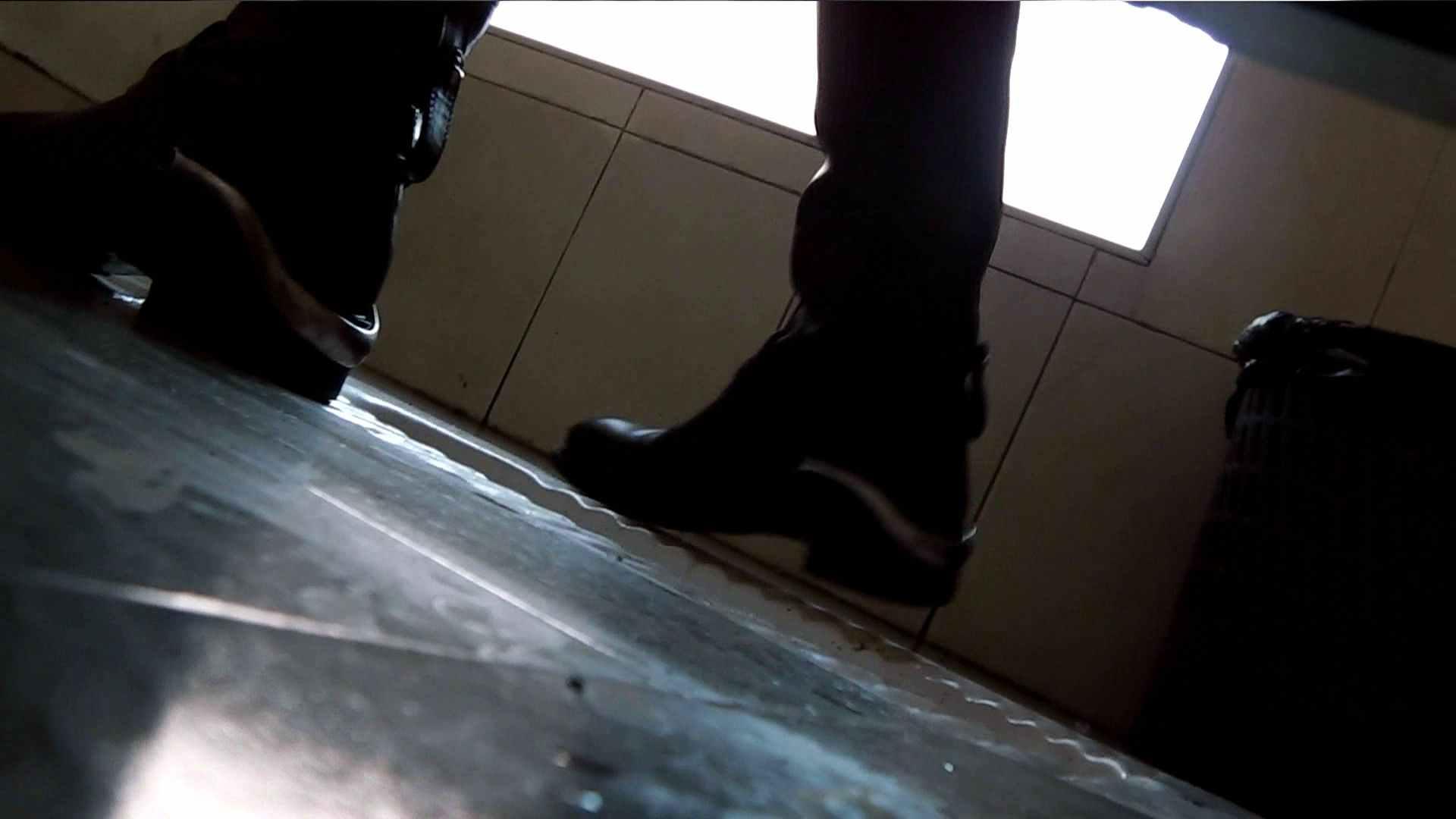 【世界の射窓から】世界の射窓から vol.1前編 OLハメ撮り  83Pix 82